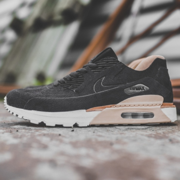online retailer e3eb6 6076d Men's NikeLab Air Max 90 Royal Suede (Size 9) NWT